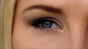 7 sammu, kuidas teha sinistes toonides tagasihoidlikku silmameiki