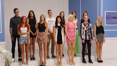 Foto: nostalgiameenutus 2. saatest, kui stuudios ootasid kohtuotsust kõik saatesse pääsenud 12 modelli.