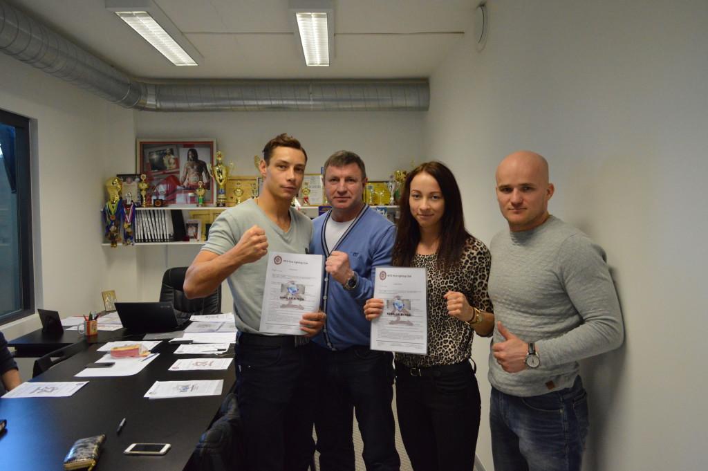 SAAVUTUS! Eesti taipoksijad liitusid esimeste eestlastena professionaalse võitlusspordi sarjaga King of Kings