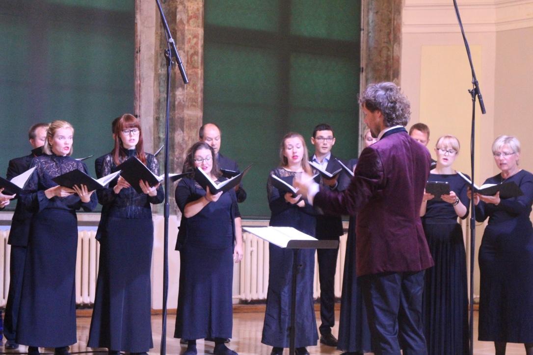 Collegium Musicale laulab Türil ja Kuressaares