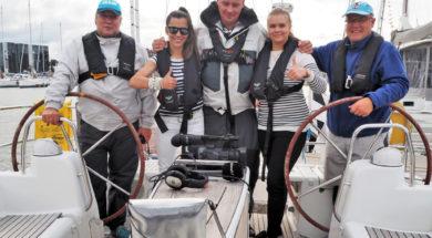 Joanna Müür ja Monika Kuzmina meremeestega