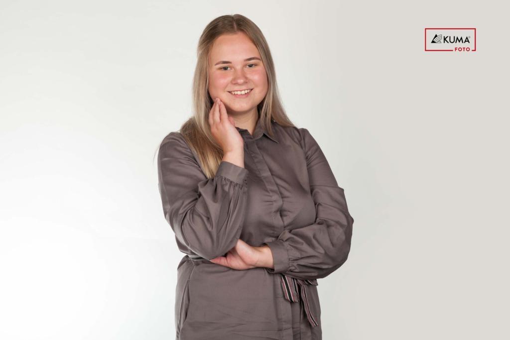 """KUULA! """"HEAD UUDISED""""! Noor aktivist Triin Sooäär: peaksime jõudma selleni, et saame aru, kui noor karjub abi järgi"""